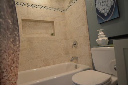 Classic Hall Bath