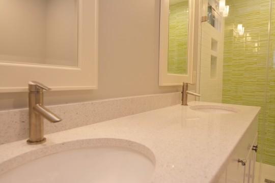 Classic Contemporary Master Bath